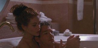 Kobieta i mężczyzna leżący w wannie