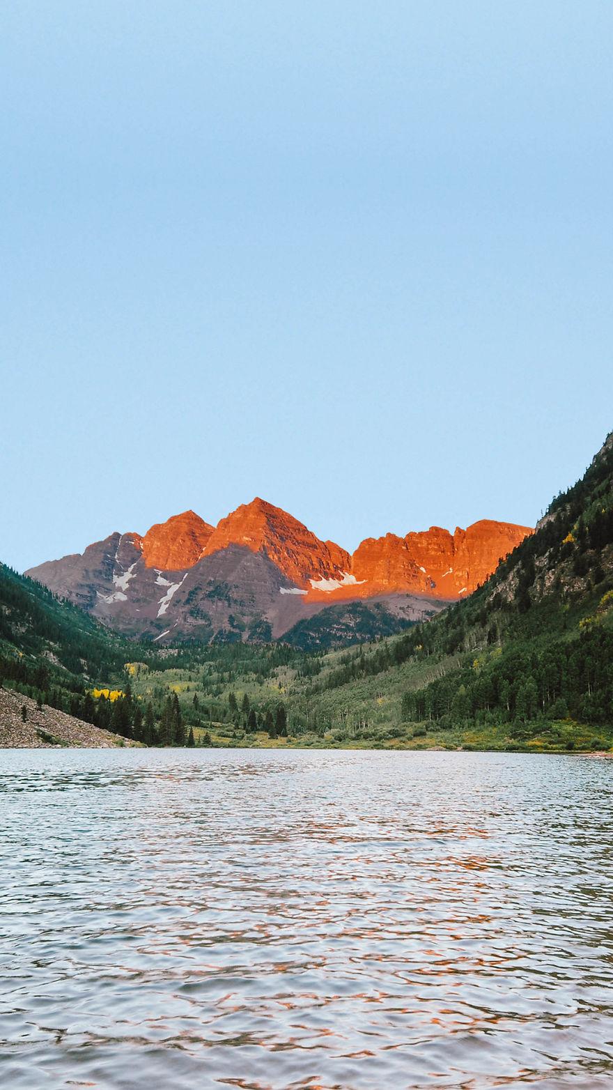 Zdjęcie przedstawiające góry