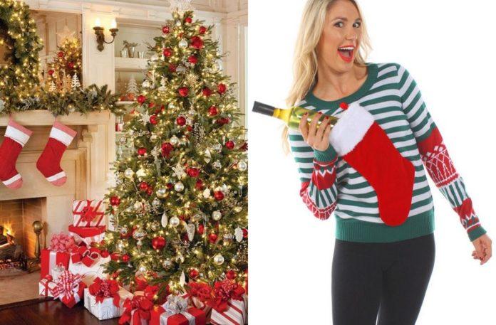 Kobieta w swetrze mieszczącym butelkę wina, obok choinka z prezentami