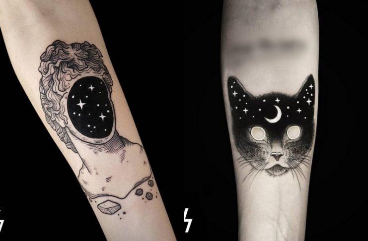 Tatuaż człowieka z kosmosem zamiast twarzy i kota również z motywem kosmosu