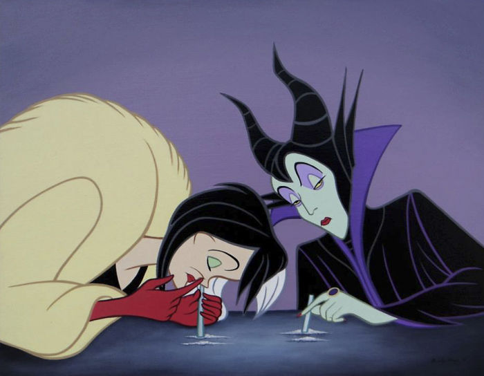 Cruella De Mon i Maleficient wciągające kokainę
