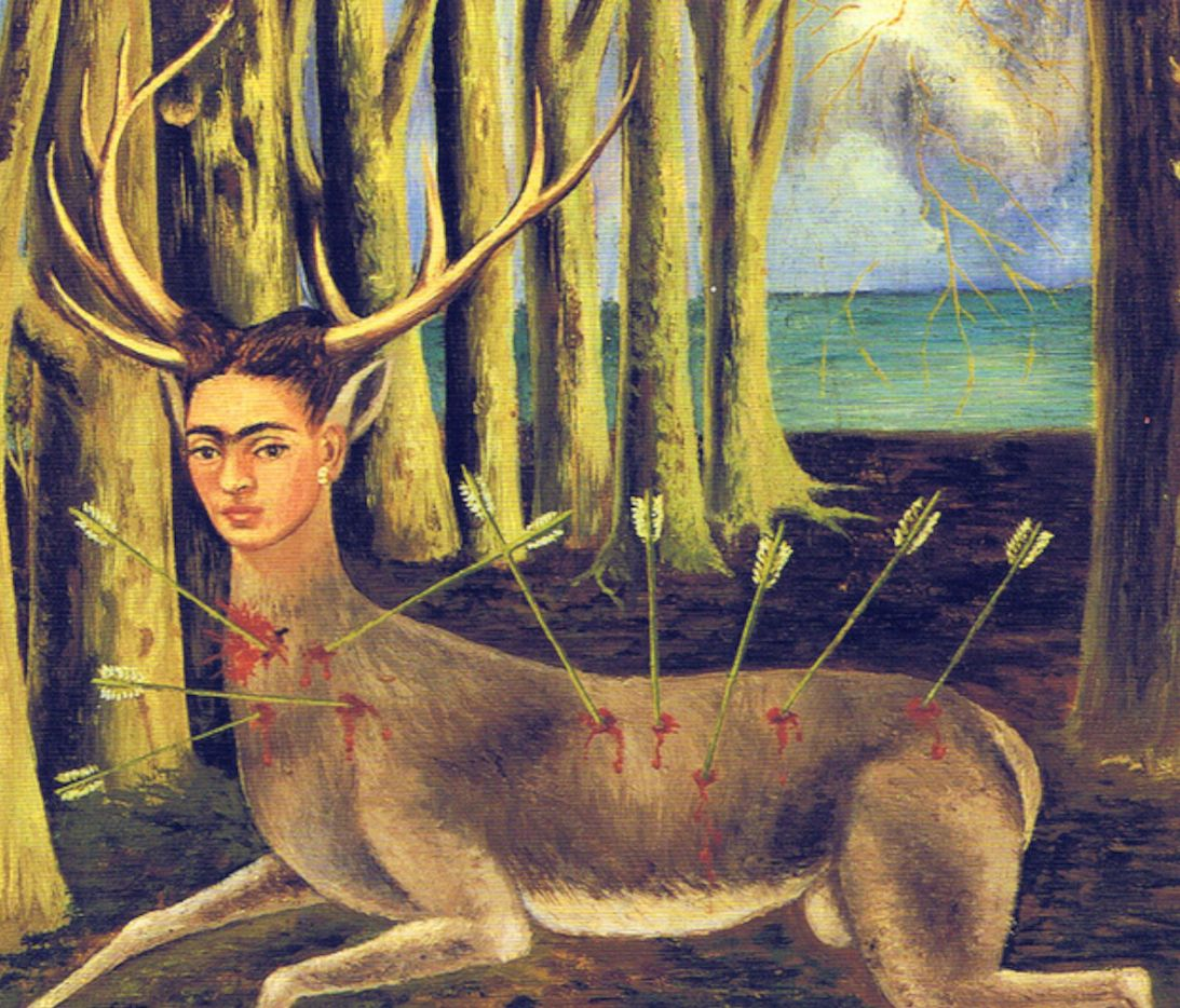 Obraz przedstawiający jelenia z głową kobiety