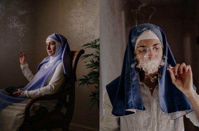 Zdjęcia dwóch zakonnic palących blanta