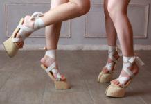 Sandały, które wyglądają jak kopytka