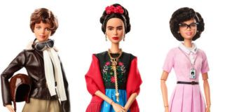 Trzy lalki Barbie