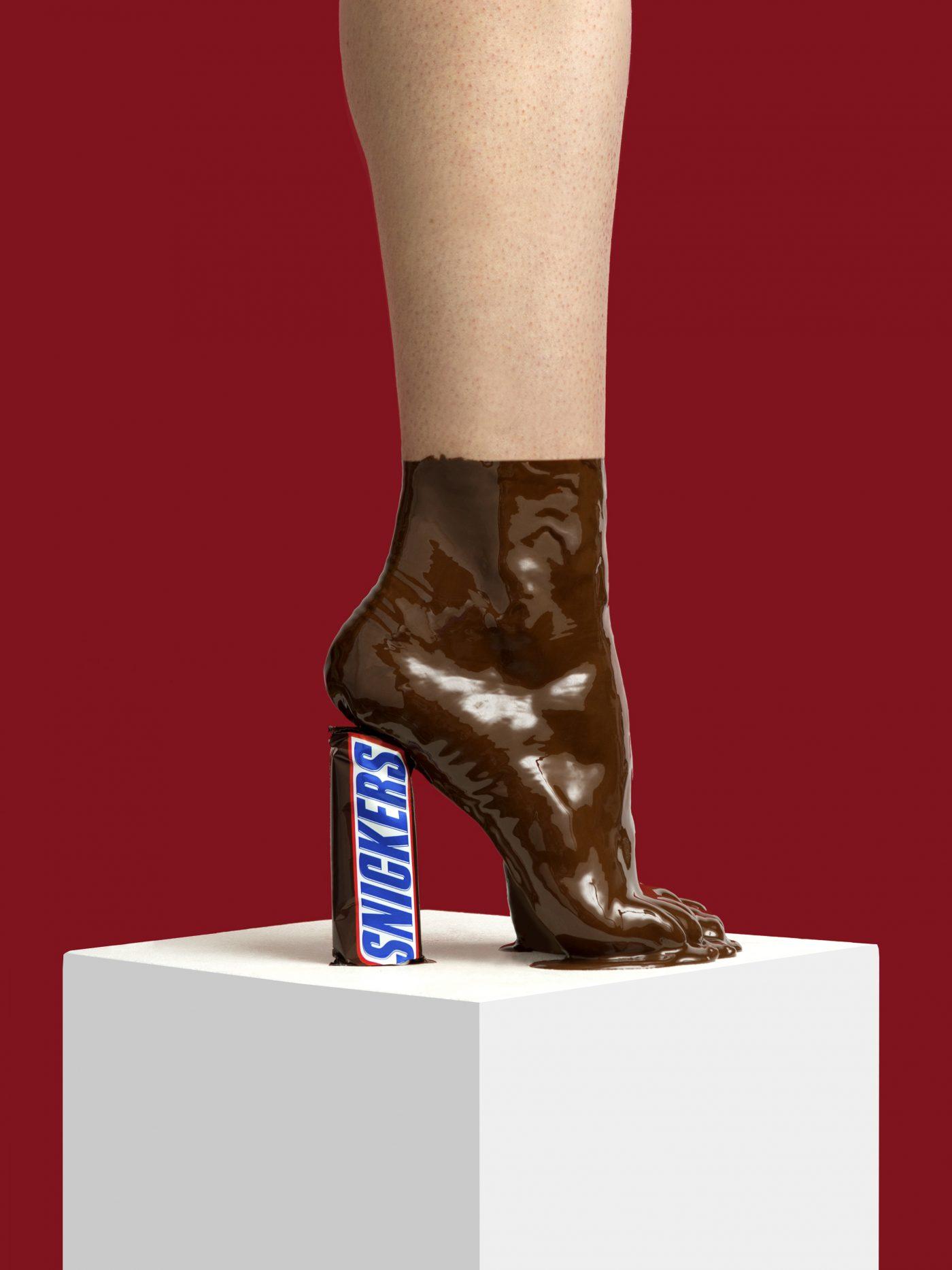 But zrobiony z czekolady i snickersa