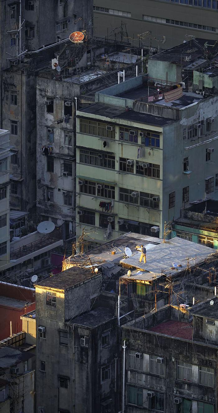Widok dachu i blokowiska