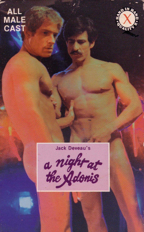 Dwóch nagich mężczyzn na plakacie gejowskiego filmu porno A Night at the Adonis