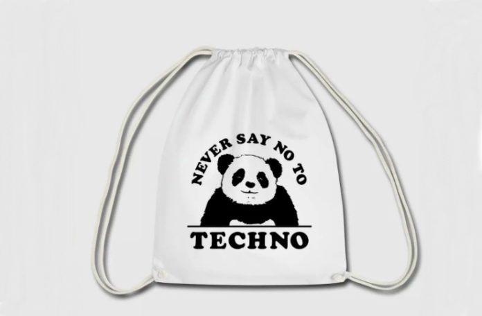 Plecak typu worek z pandą i napisem