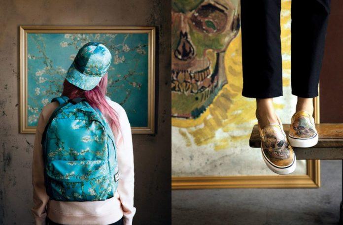 Dziewczyna stojąca tyłem z plecakiem i zbliżenie na buty