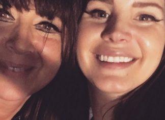 Dwie uśmiechające się kobiety