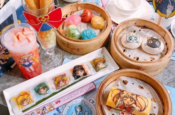 Jedzenie z bohaterami Sailor Moon