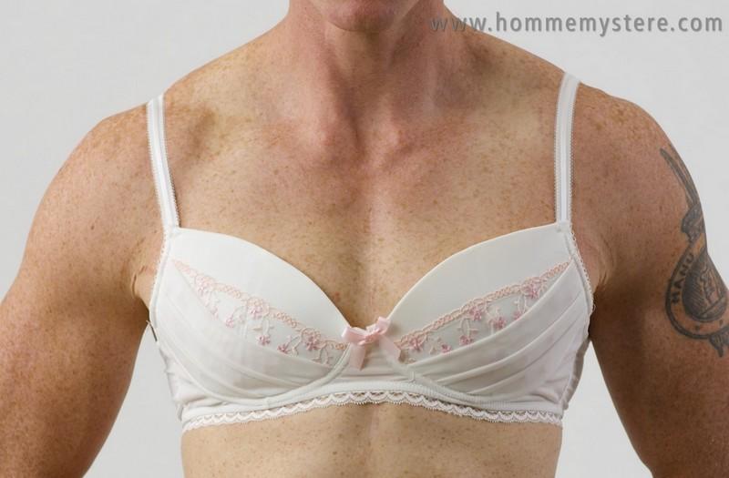 """3c3a709f6cbe54 Australijska firma projektuje """"damską"""" bieliznę dla mężczyzn ..."""