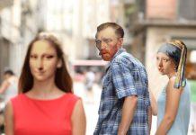 Mem pary i mężczyzny oglądającego się za inną kobietą