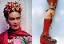 Kobieta z kwiatami we włosach, obok proteza nogi