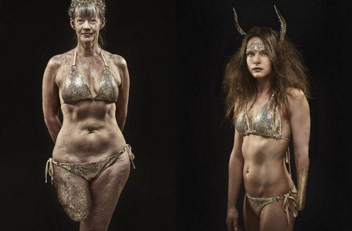 Dwie niepełnosprawne kobiety pokryte brokatem w złotych bikini