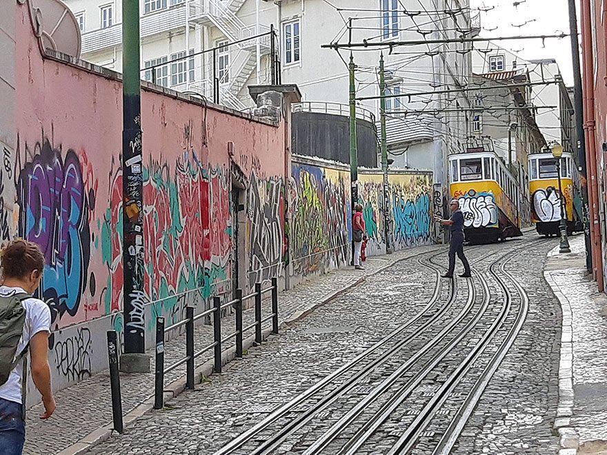 Ulica pokryta graffiti