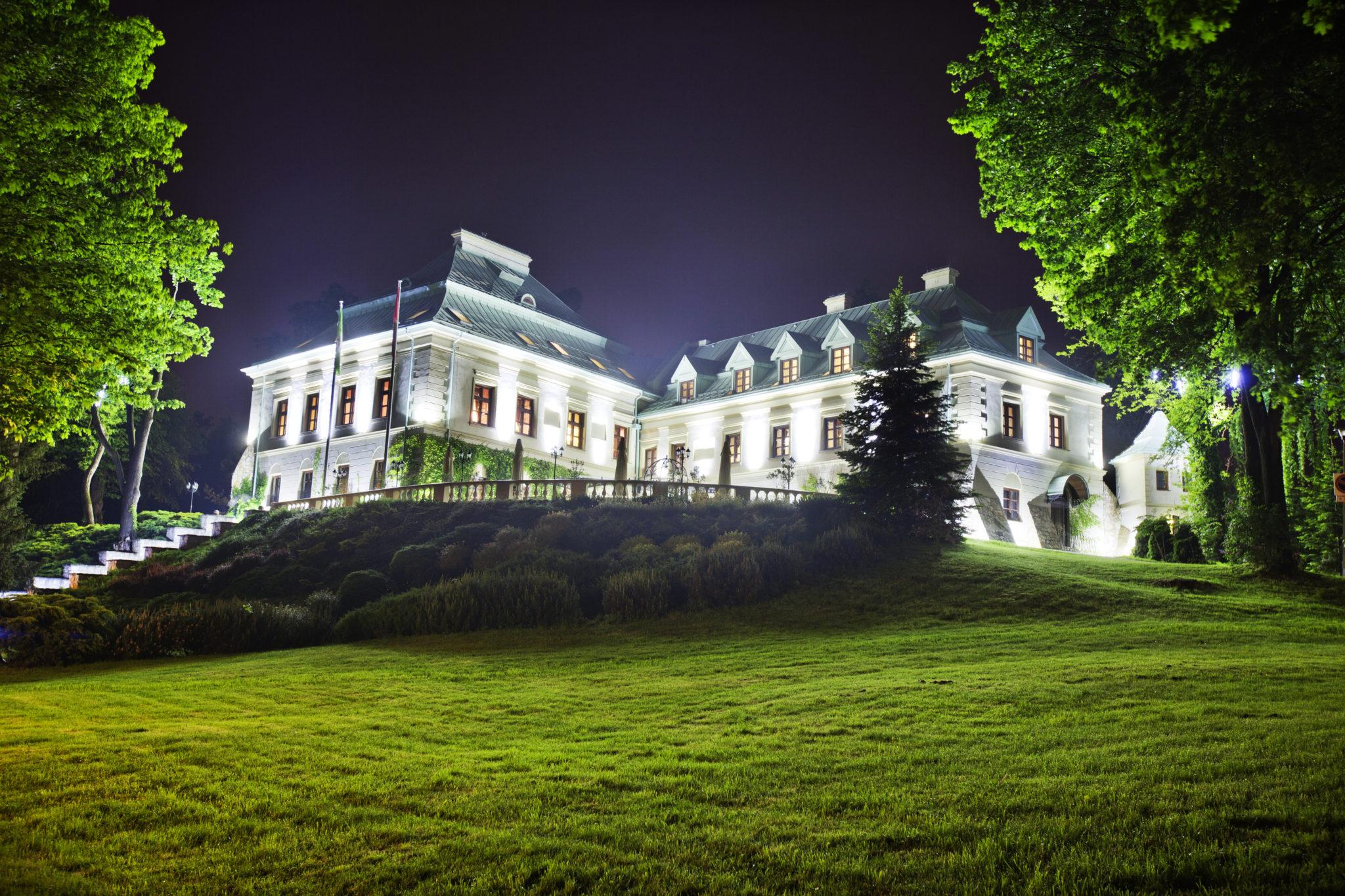 Pałac nocą