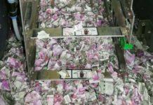 Pieniądze zniszczone w bankomacie przez szczura w Indiach