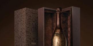 Brązowa butelka szampana