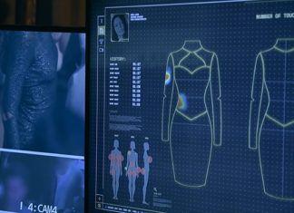 Monitor pokazujący projekt sukienki