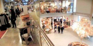 Wnętrze centrum handlowego