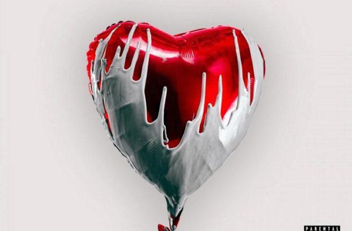 Serce pokryte białą substacją