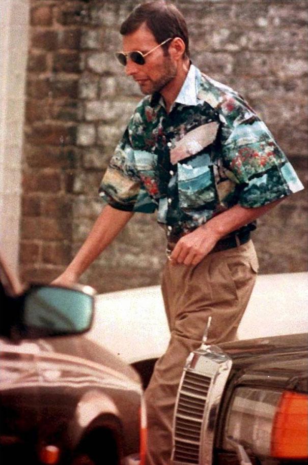 zdjęcie Freddie Mercury w koszuli z krótkim rękawem