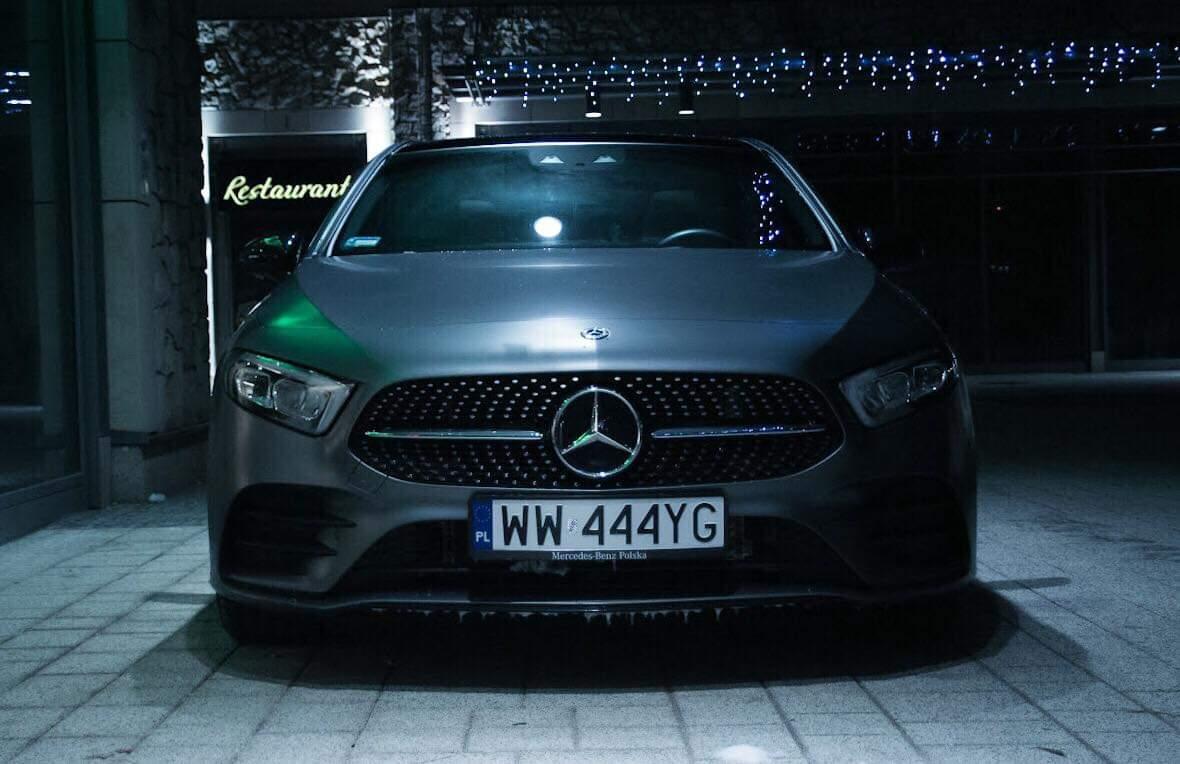 Przód Mercedesa klasy A