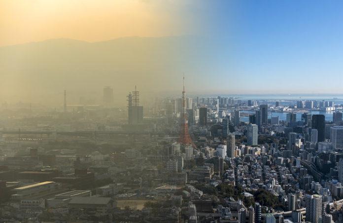 Czyste miasto, a obok miasto ze smogiem