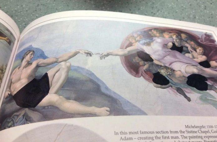 Obraz z cenzurą naniesioną markerem