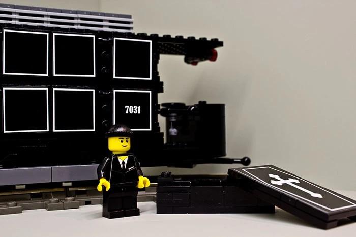 Samochód z klocków LEGO do przewożenia zwłok