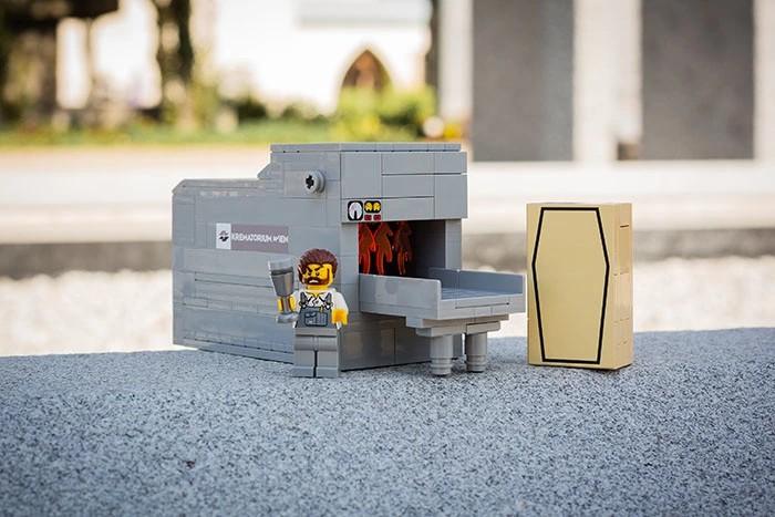 Krematorium z klocków LEGO