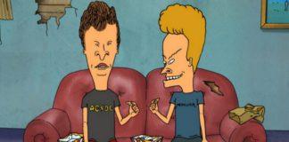 Dwoje animowanych mężczyzn siedzących na kanapie