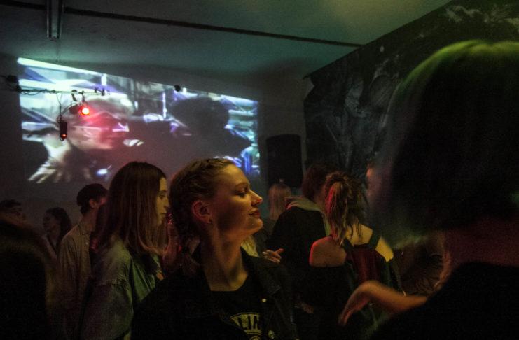 Zdjęcia z wnętrza klubu
