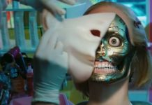 Robot z którego zdejmowana jest ludzka skóra