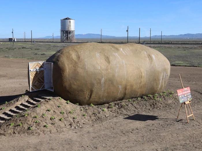 Dom, który wygląda jak ziemniak