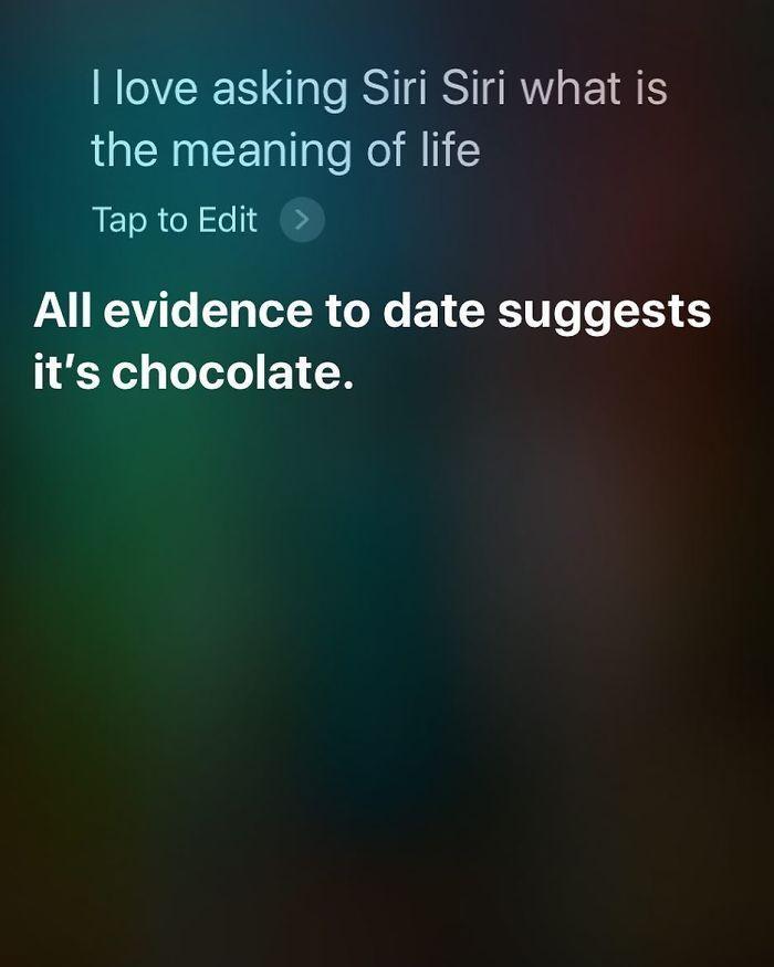 ekran gdy zadajesz pytanie Siri