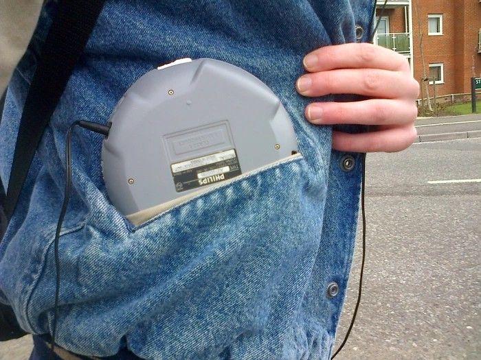 Discman w kieszeni kurtki