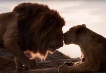 Lwica i lew obok siebie