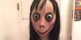 Przerazająca twarz kobiety z wielkimi oczami