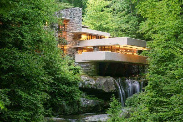 Dom położony w lesie