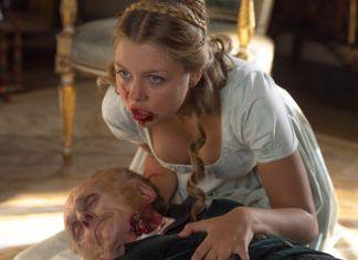 Kobieta z krwią na ustach
