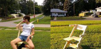Krzesło na którym siedzi dziewczyna
