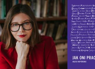 Dziewczyna w czerwonej marynarce i okularach oraz okładka książki