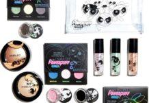 Kosmetyki ułożone na białym tle