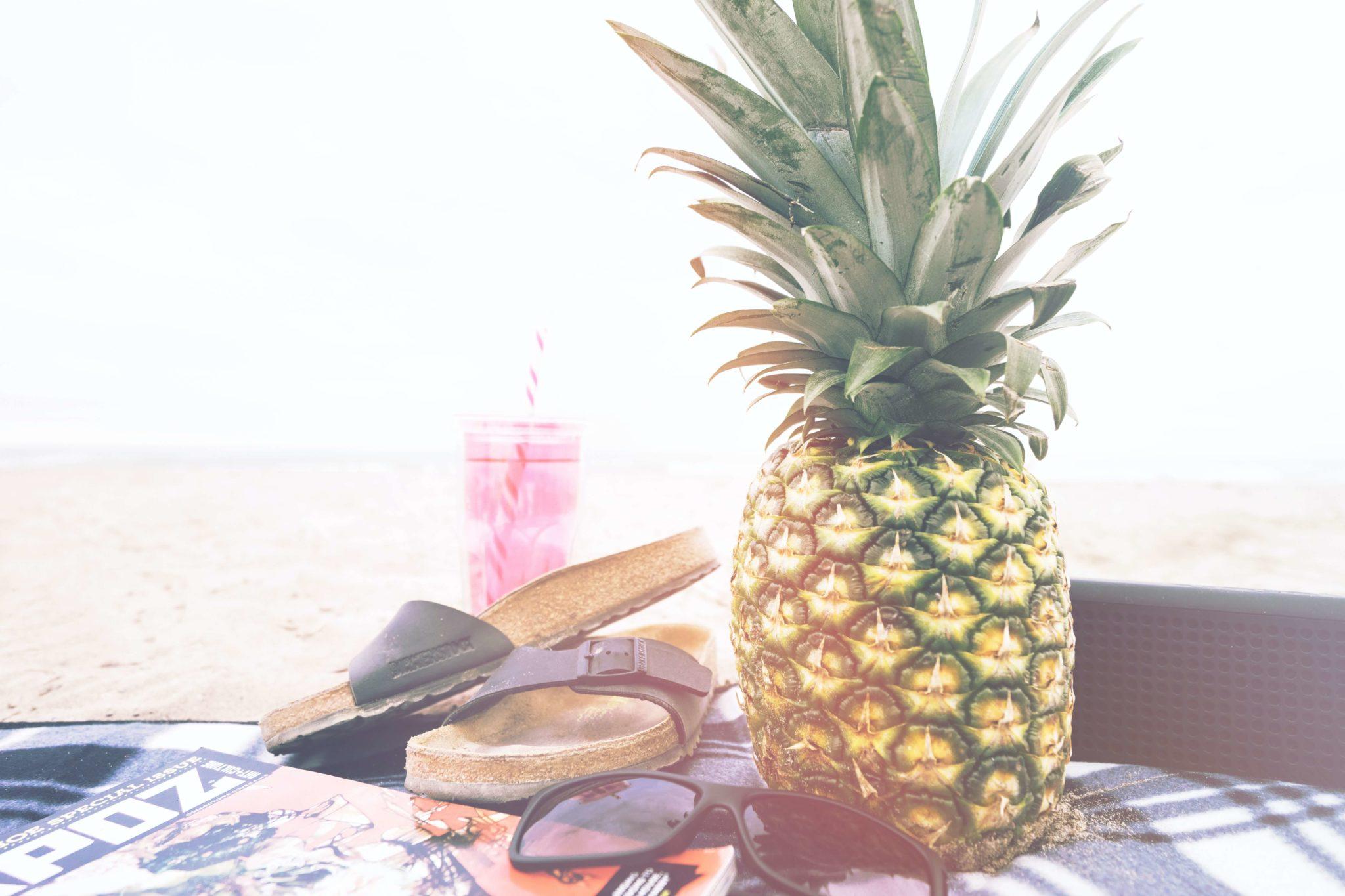 Klapki i ananas