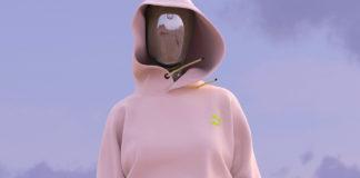 Wirtualna modelka w pudrowej bluzie bez szwów na tle nieba