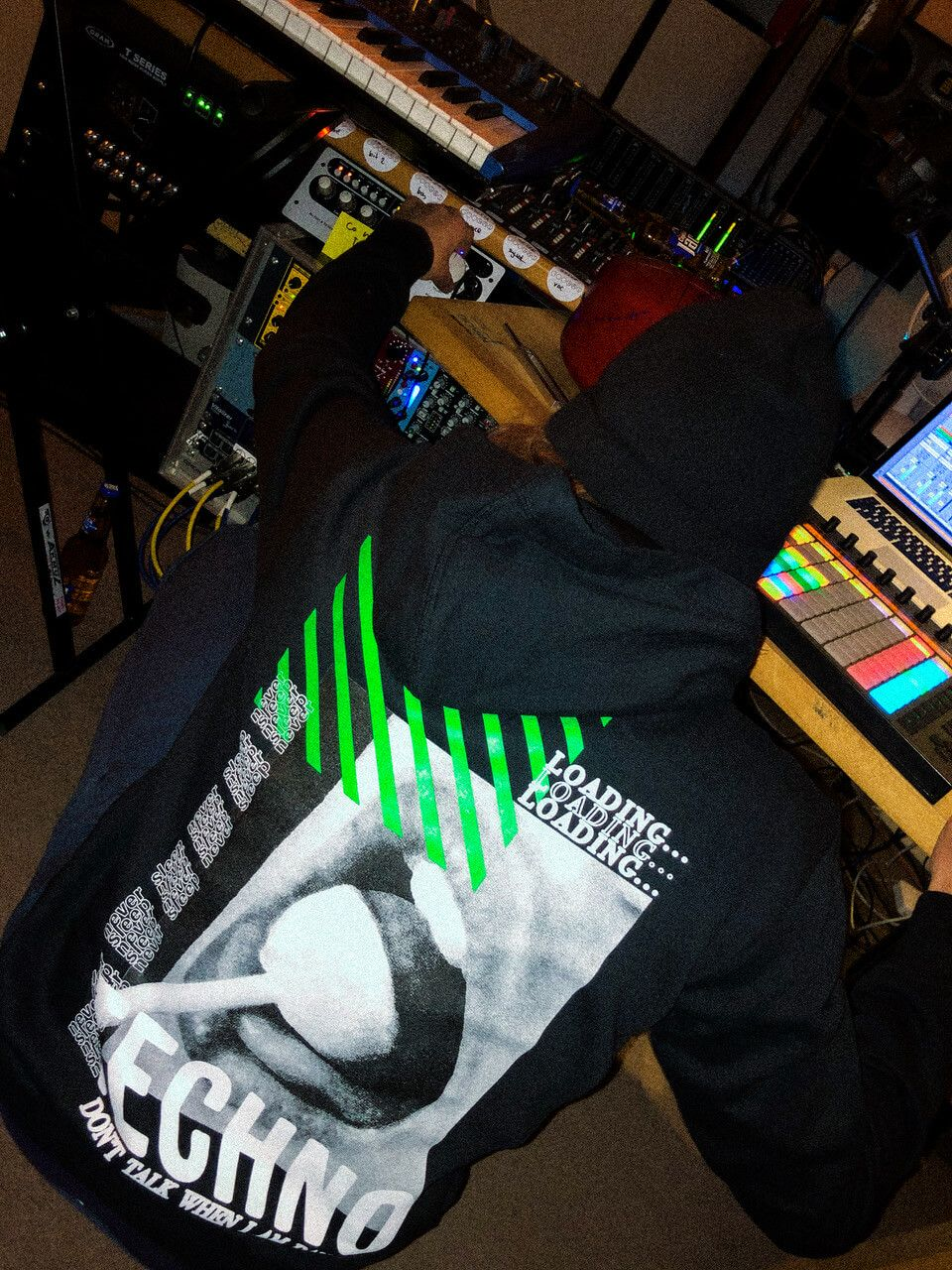Techno backstage