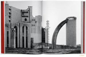 """Foto z książki """"CCCP: Cosmic Communist Constructions Photographed"""""""